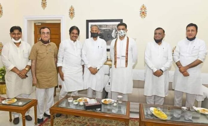 Rajasthan CM Ashok Gehlot and his deputy Sachin Pilot (who was at loggerhead with CM for weeks) at CM's residence on the eve of motion of confidence voting.( Photo: Facebook)
