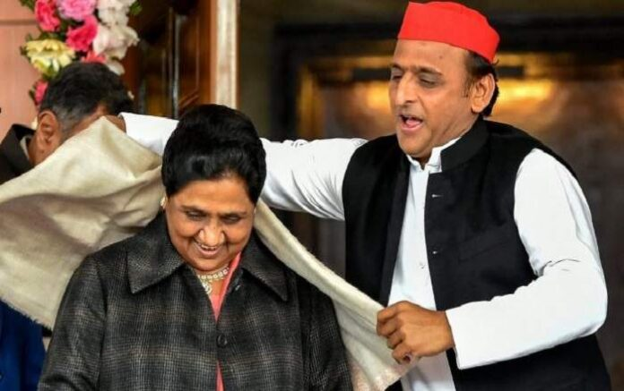 Mayawati and Akhilesh Singh Yadav (R) (File Photo, Image credit: ThePrint)