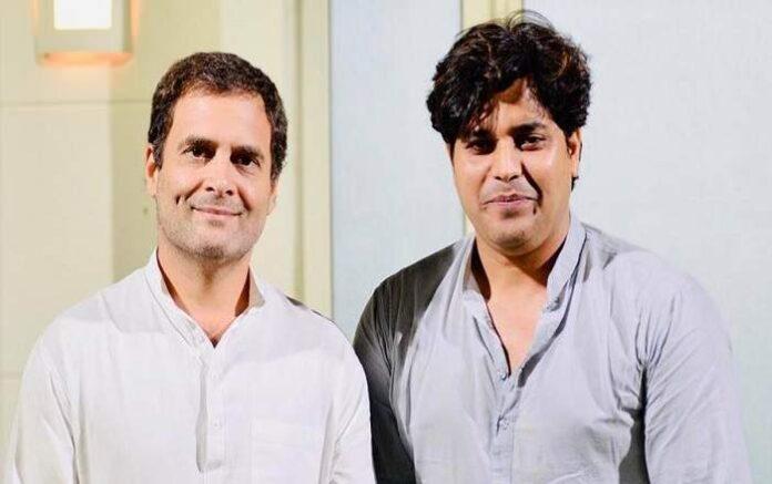 Imran Pratapgarhi (R) with Rahul Gandhi (Image credit: The Indian Express)