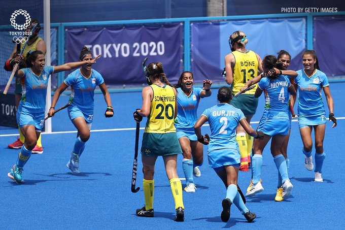 Cheerful Indian women's hockey team after stunning Australia. (Image credit: Getty Image)